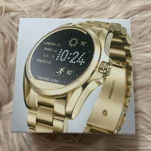 NWT Stylish gold smart watch MKt5001